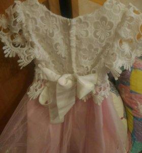 Платье на девочку (110-116)