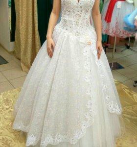 Свадебное платье ,,Кружева с блеском,,