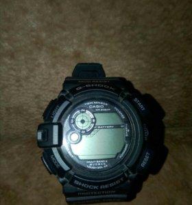 Продам часы Casio g shock (cпиннер в подарок)