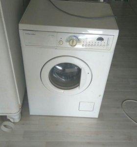 Стиральная машинка electrolux 1046