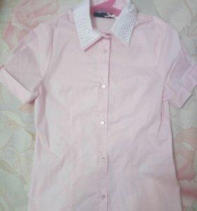 Рубашка школьная новая