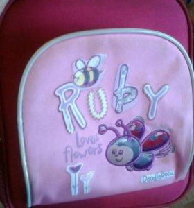 Ранец для девочки в детский сад