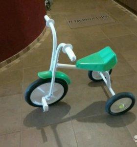 Детский трехколесный велосипед Малыш