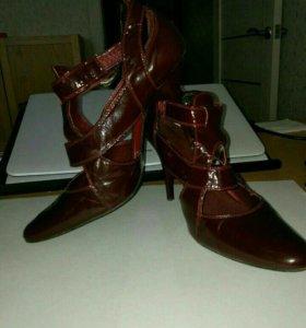 Изящные, бордовые туфли 👠 38-39 р-р. Кожа.