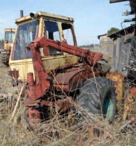 трактор ЮМЗ на запчасти