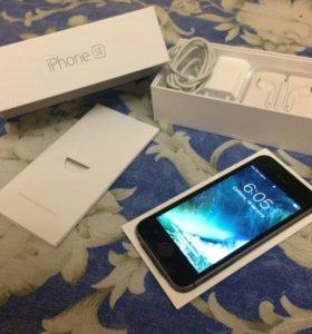 Продам iPhone SE 32