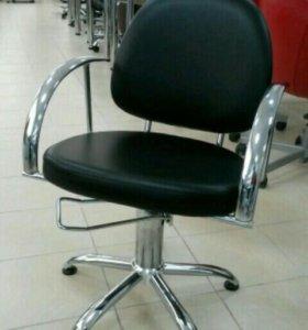 Сдам парикмахерское кресло