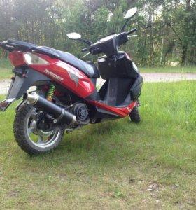 Скутер Stels Racer 180cc