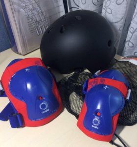 Детские шлем и защита для коньков