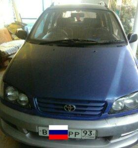 Toyota ipsum 2.0 AT. 1997г.