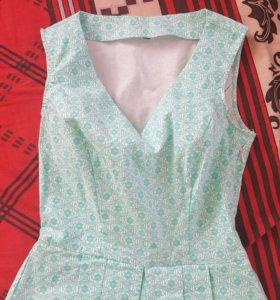 Новый!Топ-блуза с баской р.42