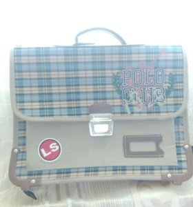 Портфель-ранец для младшего школьника