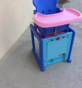 Детский столик для кормления