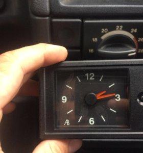 Часы на ВАЗ 2110-12