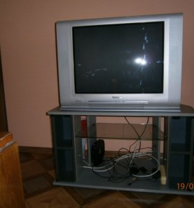 Телевизор TOSHIBA+тумба тв