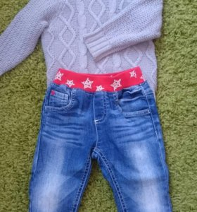 Джинсы и свитер