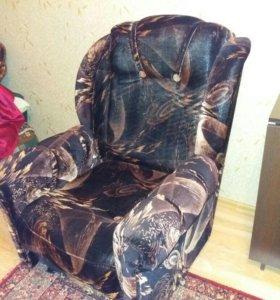 Кресла состояние хорошее