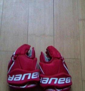 Хоккейные перчатки BAUER VAPOR X 40