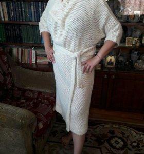 Платье из натуральной шерсти