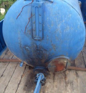 Емкость (бочка) из под чистой воды