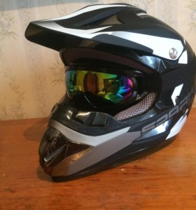 Новый кроссовый шлем Spark