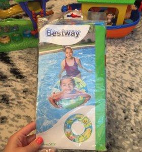 Новые надувные круги и мячи для купания