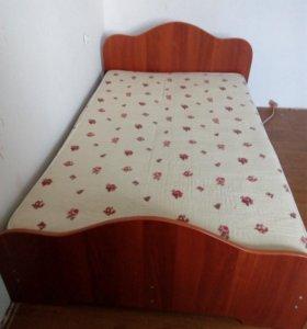 1,5 спальная кровать.