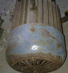 Мотор асинхронный