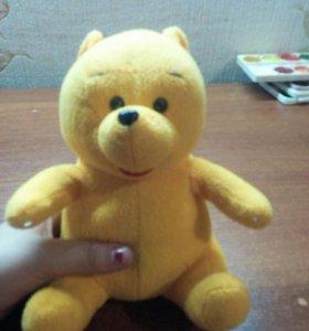 Мишка жёлтый.