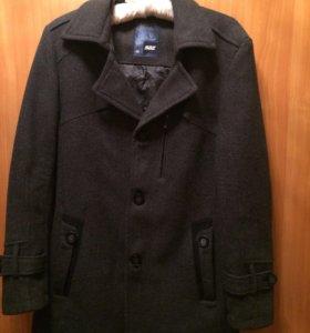 Пальто демисезонное мужское
