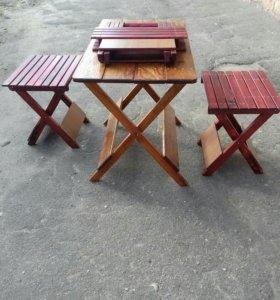 Стол и стулья для природы