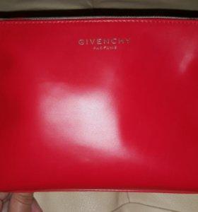 Новая косметичка Givenchy