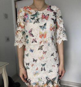 Платье кружевное размер с/м