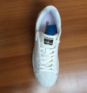 Новые кроссовки adidas super star