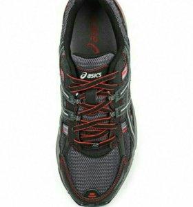 Фирменные кроссовки Asics