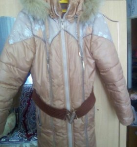 Пальто на девочку 6-8лет