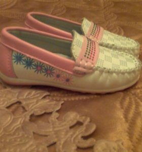 Продаются детские туфли.новые.