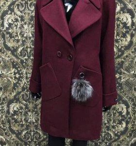 Пальто. Новое. Размер 48-50