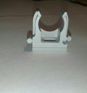 Держатель с защелкой (скоба) диаметр 16мм