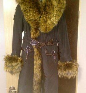 Зимнее пальто,меховая подстежка