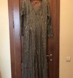 Вечернее платье с пайетками, размер 50