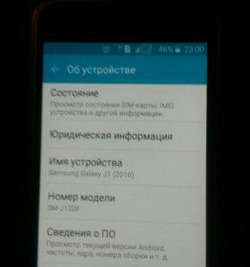 Телефон Samsung j1