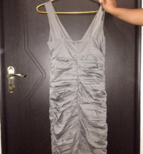 Платье одевала 1 раз