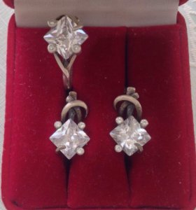 Серьги и кольцо серебро, хрусталь