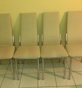 Кухонные стулья 4 шт