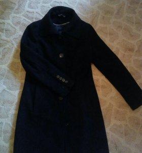 2 пальто.
