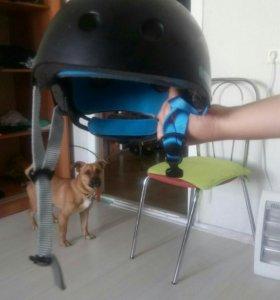 Шлем для скейт спорта