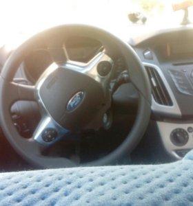 Машина Форд Фокус