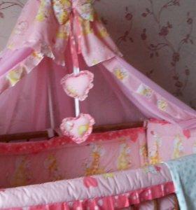 Продам постельный комплект для девочки.