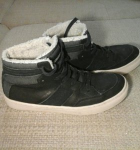 Оригинальные кроссовки Quiksilver